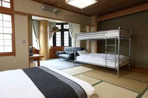 Hakuba Gondola Hotel 4 Share Room