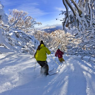 Ski Mt Buller school groups