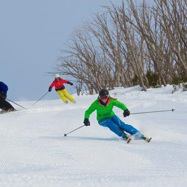 Ski falls creek schools groups victoria